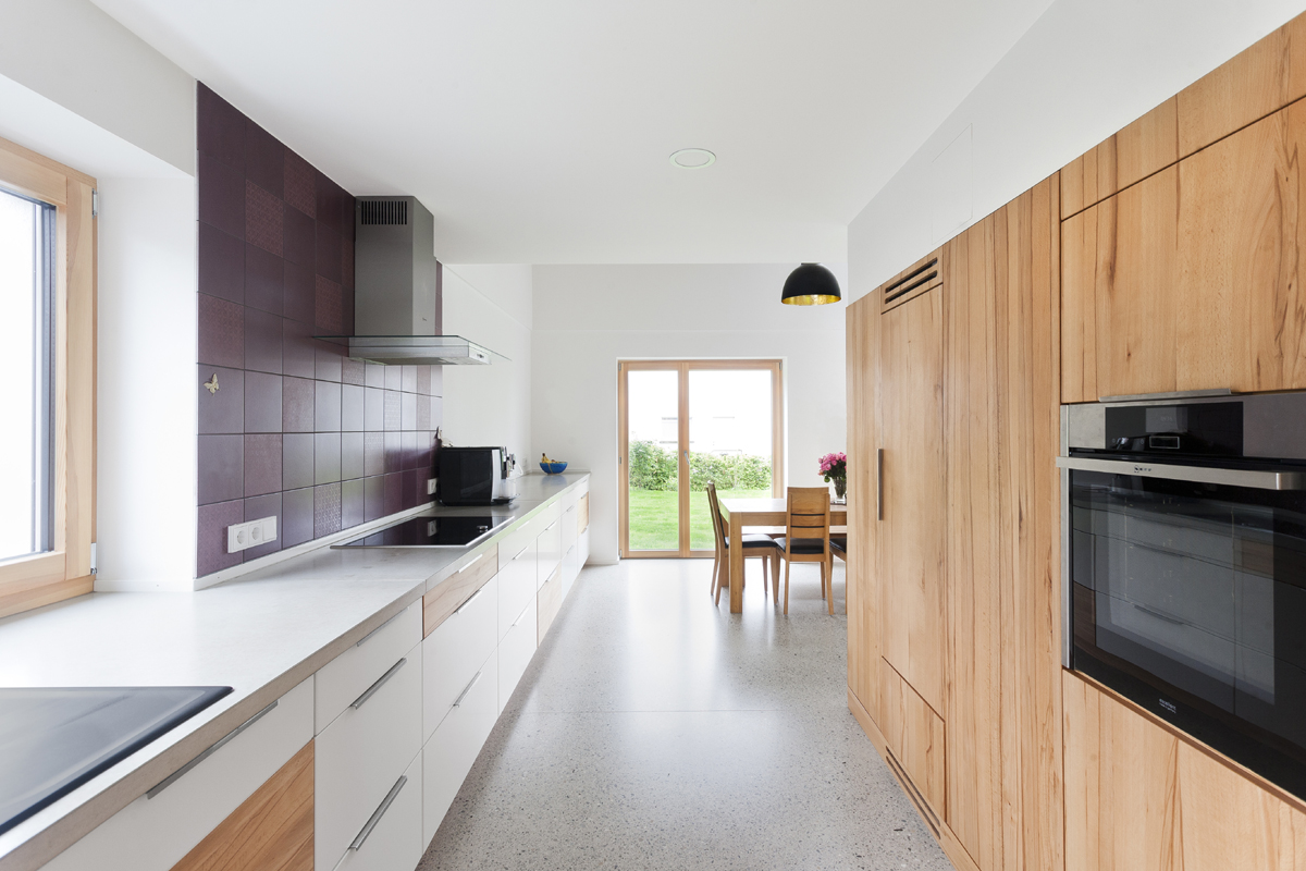 aufstockung ravensburg roterpunkt architekten. Black Bedroom Furniture Sets. Home Design Ideas